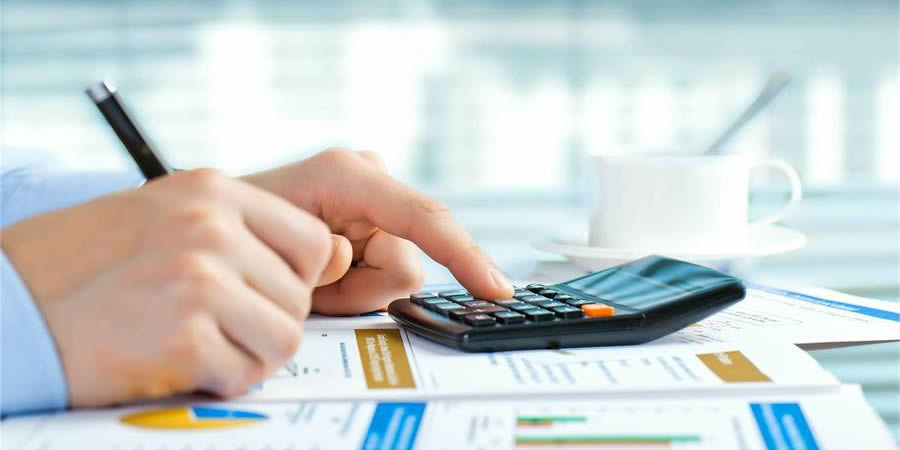 how to manage business finances